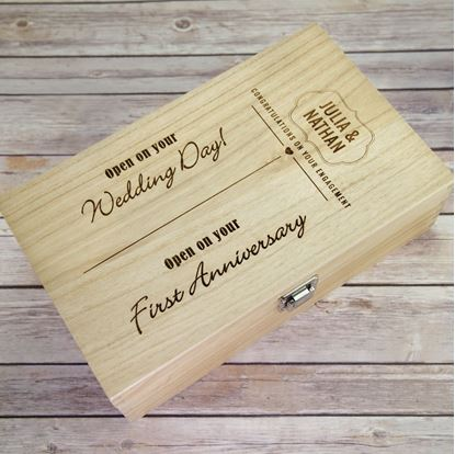 Picture of Engagement Double Wooden Wine Box
