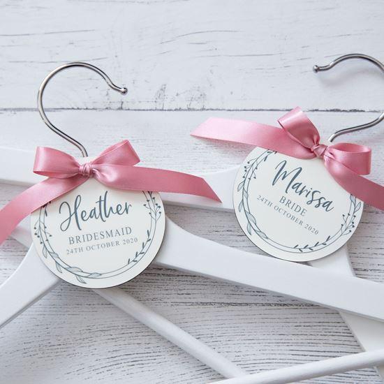 Picture of Delicate Wreath Wedding Hanger